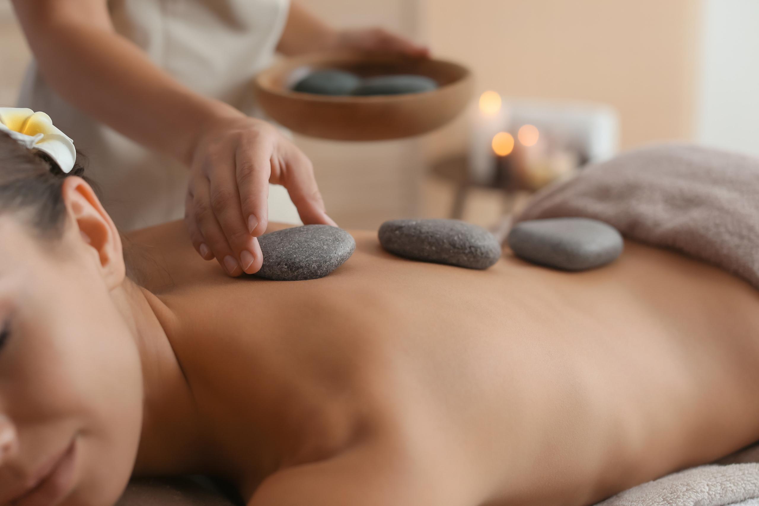 Massagen_VAN DE BEEK_fitness gesundheit wellness_Vechelde